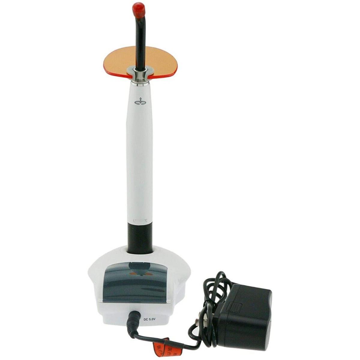 Polymerizačná lampa Woodpecker LED C medicorp.sk